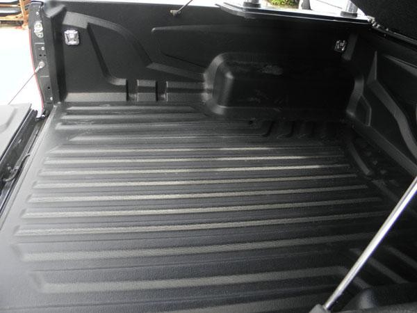 Isuzu dmax 2012 space cab tubliner fitted tub liners for Bathtub covers liners