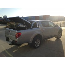 Mitsubishi Triton MN Hard Lid  Dual Cab 3 Piece Manual Lock